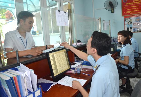 thủ tục hải quan với hàng hóa nhận gia công tại Việt Nam