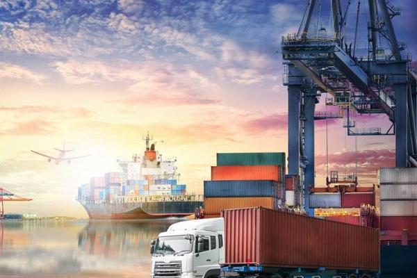 hàng hóa nhập khẩu giống hệt và tương tự