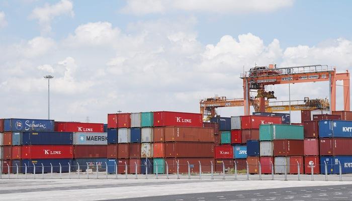 Các giai đoạn nhập khẩu thiết bị toàn bộ