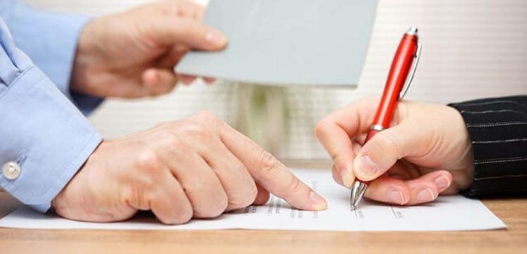 Điều khoản giám định và trách nhiệm hàng hóa bị lỗi trong hợp đồng ngoại thương
