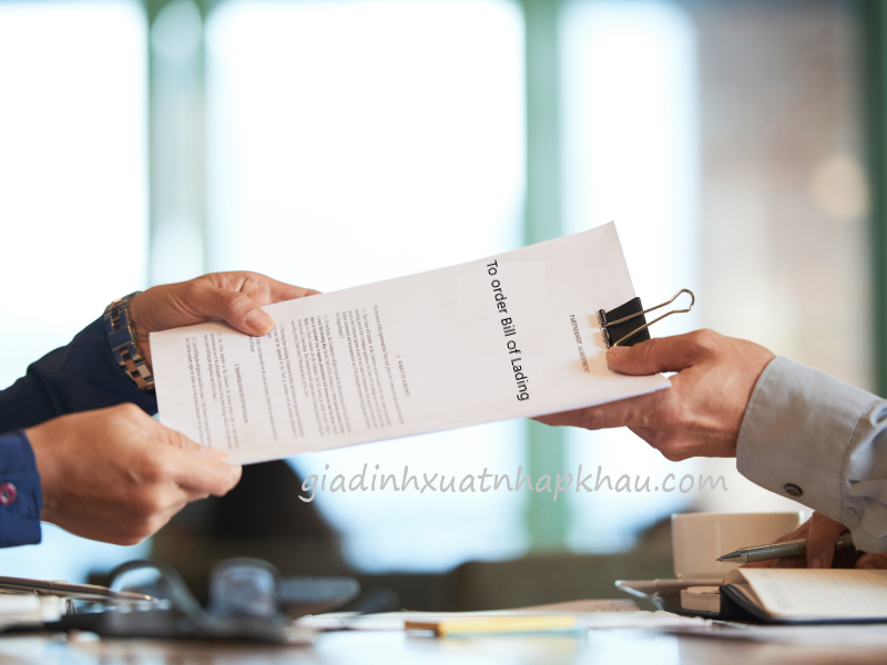 Nội dung và cách ký hậu trong vận đơn theo lệnh